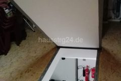 hausstrg24_dachluke04