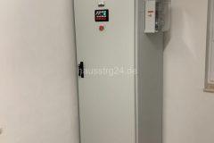 hausstrg24_zisterne_pumpenschrank01